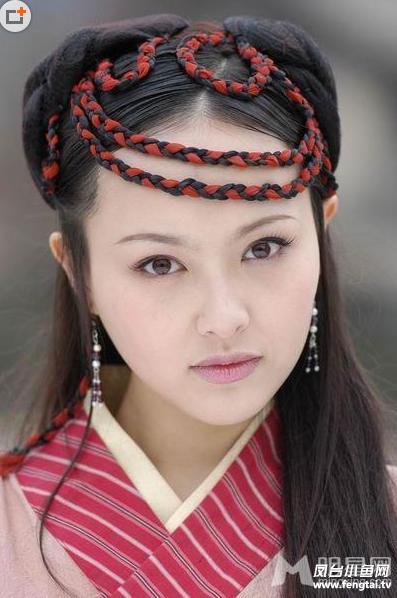 盘点唐嫣古装美艳造型 陆雪琪紫萱形象深入人心图片